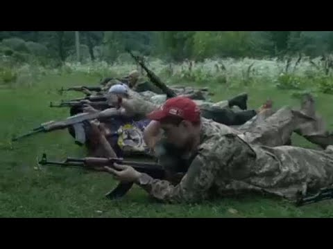 Στις παιδικές κατασκηνώσεις των ακροδεξιών της Ουκρανίας …