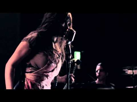 Le Butcherettes - New York  (Terroreyes TV)