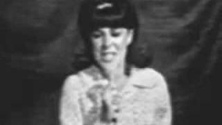 Eydie Gorme - I Wanna Be Around (The Tonight Show - 1966)