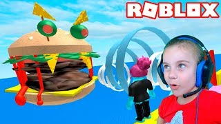 ПОБЕГ ИЗ ГИГАНТСКОГО БУРГЕРА в Роблокс приключение мульт героя в ресторане Roblox