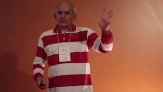 Catador desde o ventre ate onde o futuro levar | Sergio Bispo | TEDxUNESPBauru