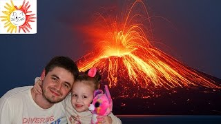 Вулкан дома своими руками. Разноцветная бурлящая лава на канале Мяу Мяу ТВ.