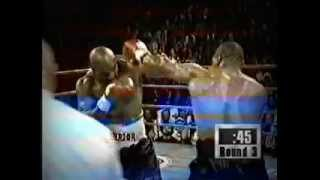 Майк Тайсон откусил ухо / Mike Tyson bit off ear