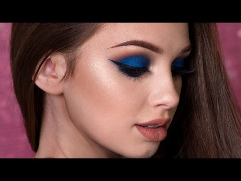 Navy Blue Smokey Eye Makeup Tutorial