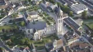 preview picture of video 'BEAULIEU-lès-LOCHES, Touraine, France'