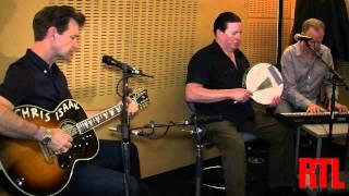 Chris Isaak - Can't help falling in love en live dans les Nocturnes RTL présentées par Georges Lan