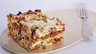 Michael Symons Mom's Lasagna