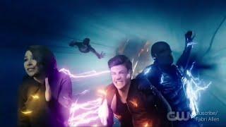The Flash 5x8 - Zoom persigue a Barry y Nora / (Sub Español)