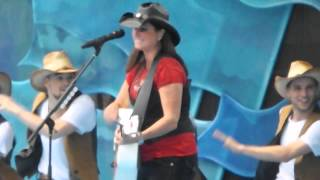 "Terri Clark ""We're here for a good Time"" Canada Day 2013 in Ottawa"