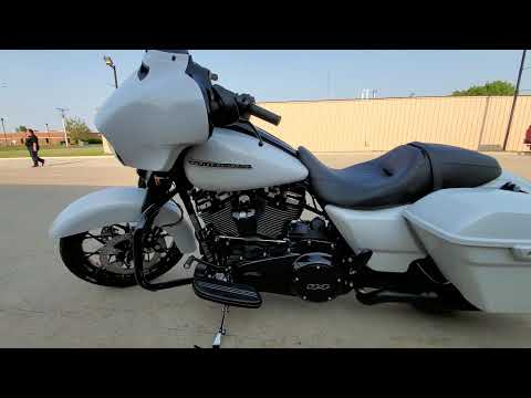 2020 Harley-Davidson Street Glide® Special in Ames, Iowa - Video 1