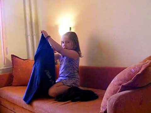 8 years old dancing to Lala Land by Demi Lovato