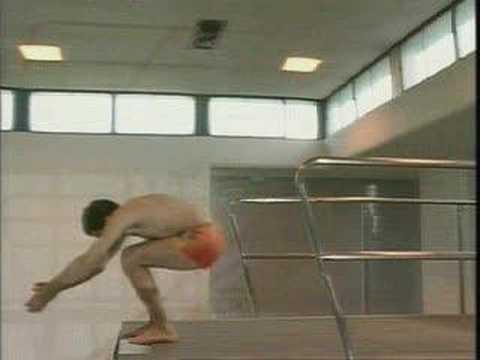 Mr. Bean in piscina