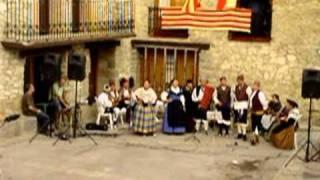 preview picture of video 'La Rondalla de Nogueruelas en la mazurca de Albarracín.mpg'