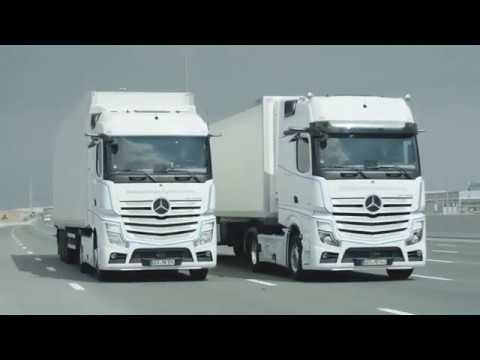 Teilautonome Testfahrt von Mercedes-Benz