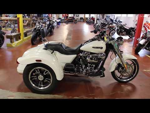 2019 Harley-Davidson Freewheeler® in New London, Connecticut - Video 1