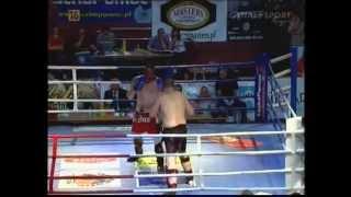preview picture of video 'FIGHTERS NIGHT 26.05.2012 Ostrowiec Świętokrzyski - Wojciech Jastrzębski'