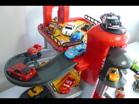 Parking coches de juguete Molto - juguetes para niños en español
