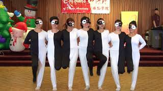 Creative optical illusion dance - Panda Class 熊貓形體訓練課 - Colours of Dance Academy Xmas Party 2017
