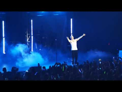 I Like Me Better by Lauv (Lauv Live in Manila)
