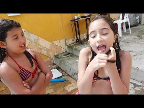 crianças vs adolescente piscina parte 1