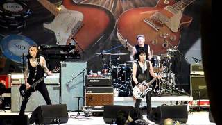 Fetish (Live) - Joan Jett and the Blackhearts