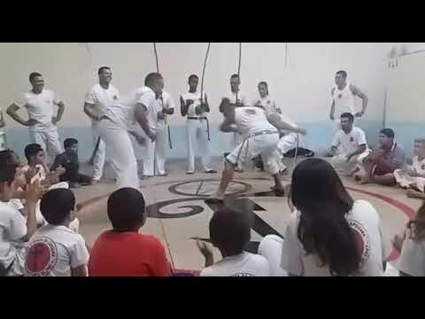 Roda do Grupo Magia da Capoeira em Avai SP