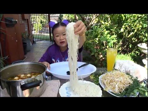 ขนมจีนน้ำยาป่าหม้อยักษ์ชะใจเมียฝรั่งดั่งโหน่งคักเมื้อนิ ตอน1