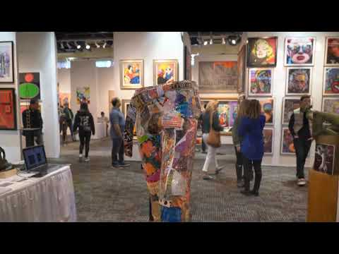 , title : 'Art Expo New York -- An View of the Event -- April 2019'