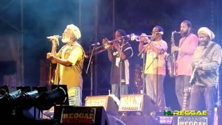 """Video thumbnail of """"BURNING SPEAR """"Rocking Time"""" Garance Reggae Festival 2011"""""""