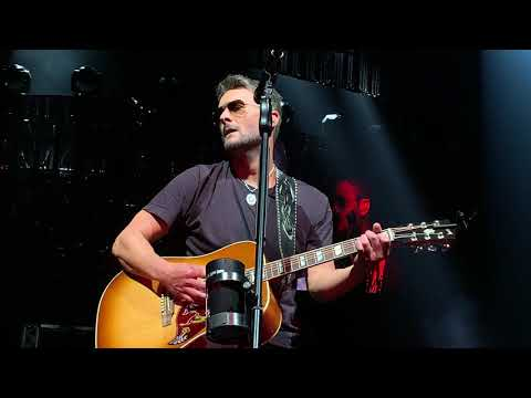 Eric Church 'Desperate Man' - STAPLES Center (Los Angeles, CA) - 5/18/2019 - Girl Going Nowhere