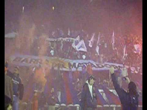 """Fiesta de Tigre contra San Lorenzo - C. Sudamericana 2009"" Barra: La Barra Del Matador • Club: Tigre"