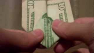 The twin towers made from 10 dollar bill