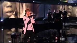 Justin Bieber - Pray (Live American Music Awards 2010)