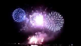 preview picture of video 'Vancouver Celebration of Light Fireworks 2014 - Japan'