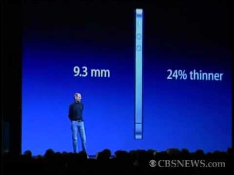 Steve-Jobs-announces-the-iPhone-4