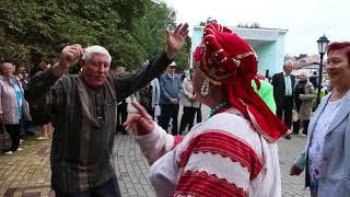 Юрий Полунин - Матаня у Фонтана. Елецкая Рояльная гармонь