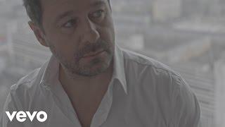 Kadr z teledysku Kalejdoskop szczęścia tekst piosenki Andrzej Piaseczny
