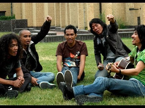Slank - Terlalu Manis (Official Music Video)
