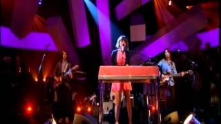 Norah Jones Happy Pills : Jools Holland Live 2012 HQ.
