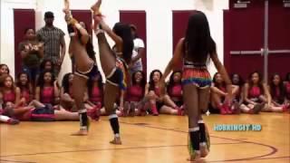 Dancing Dolls - Trumpet Lights