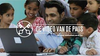 Paus: Social media als plaats rijk aan menselijkheid