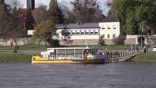 preview picture of video 'Dresden, Elbfähre JOHANNA, Johannstadt - Radeberger Vorstadt / ferry boat at the Elbe river, Dresden'
