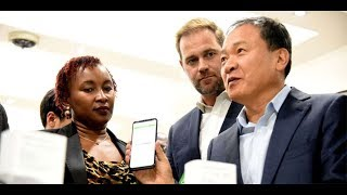 Solar firm M-Kopa in smartphones sales deal with Samsung - VIDEO