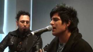 Adam Lambert performs Sleepwalker live on NovaFM
