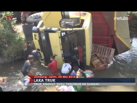 Truk Pengangkut Susu Kemasan Ditabrak & Terbalik, Warga Berebut Ambil Barang Muatan - BIM 23/05