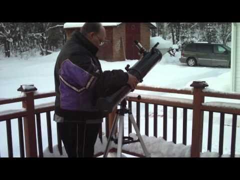 Bushnell 4.5 inch reflector telescope setup.MOV