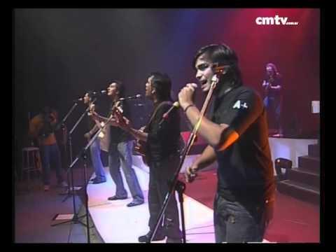 Los Nocheros video Señal de amor - CM Vivo 2005