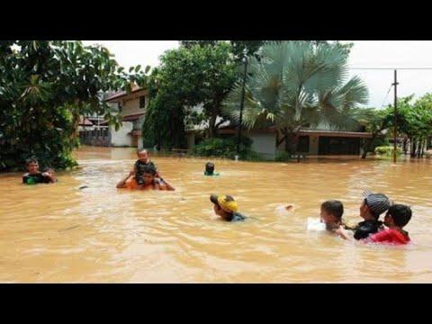 Video amatir banjir di sentani jayapura papua