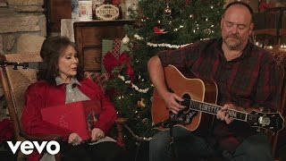 Loretta Lynn - Country Christmas (Official Music Video)
