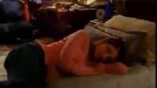 Joey parle à Elliott et Jen à Dawson